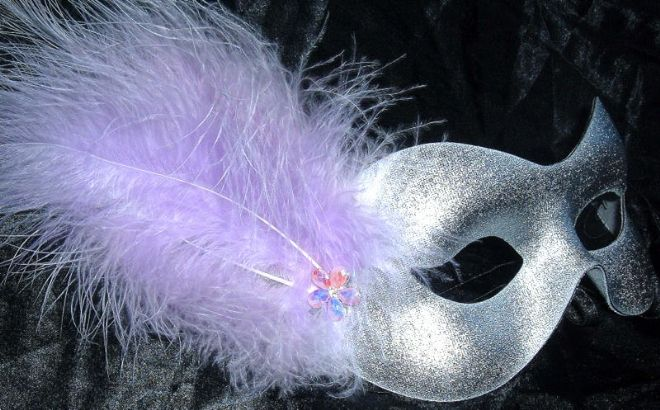 Silver & lilac flower masquerade mask